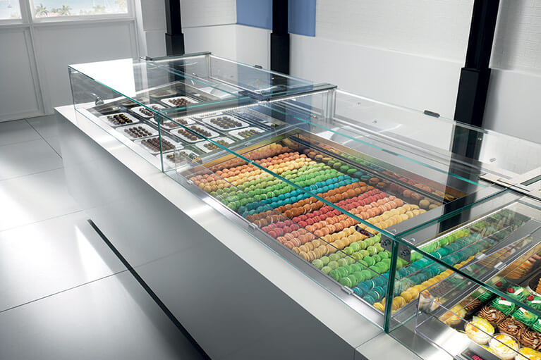 Ciam 6040 - Display Case